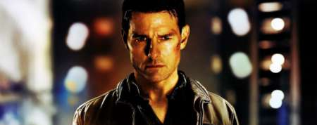 "Tom Cruise's ""Jack Reacher"" Answers Your Questions"