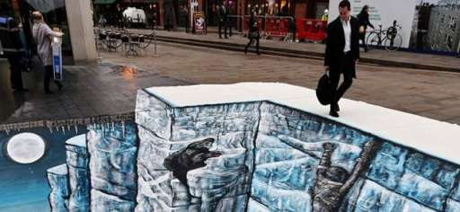 "Climb The Wall: ""Game Of Thrones 3D""Art Hit The Streets Of London"