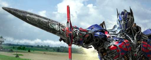 """Transformers: Age Of Extinction"" Review: The Best Kind Of Chaotic Mess Money Can Buy"