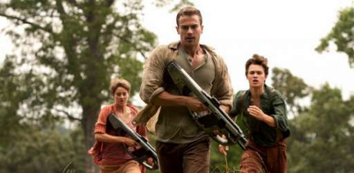 'The Divergent Series: Insurgent': Theo James, Ansel Elgort, Jai Courtney Talk Training, Feminine Strength, And More