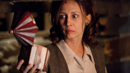 http://www.movieviral.com/wp-content/uploads/2013/06/the-conjuring-02-450x253.jpg