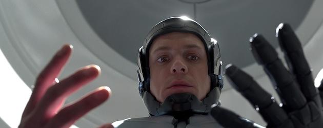 Robocop (2014) Starring Joel Kinnaman