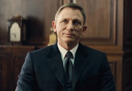 spectre-james-bond-being-given-a-dressing-down-by-m