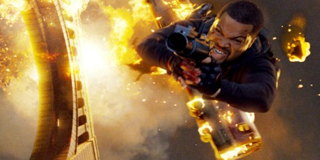 ice-cube-as-darius-stone-in-xxx-state-of-the-union-flying-through-fire