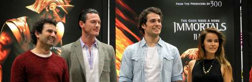 """WonderCon 2011: """"Immortals"""" Roundtable With Director Tarsem Singh, Producer Mark Canton, & Stars Henry Cavill, Luke Evans, and Isabel Lucas"""