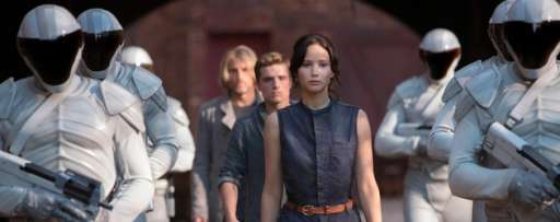 """The Hunger Games: Catching Fire"" Review: Jennifer Lawrence Shines In Exciting But Subdued Sequel"