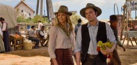 Seth MacFarlane And Charlize Theron Talk The 'Million Ways' They Almost Died In The West, Working With Neeson And Filmmaking