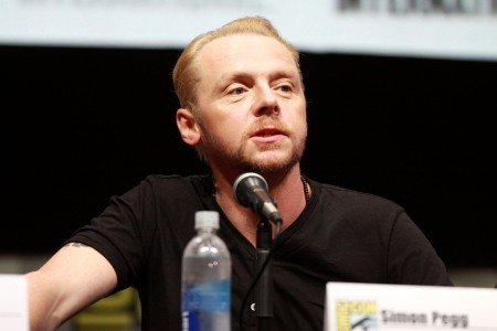 DEAR SIMON PEGG WE KNOW YOU LOVE STAR WARS AND SO DO WE YES EVEN THE PREQUELS