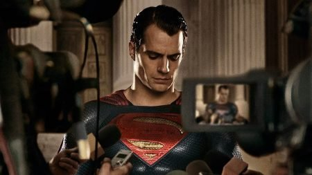 HENRY CAVILL OUT as SUPERMAN? TOM HIDDLESTON set to replace him?