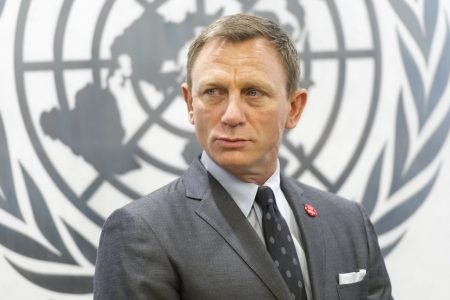 #FLEMINGFRIDAY: It's TIME to give DANIEL CRAIG a KNIGHTHOOD!